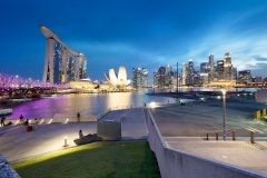 Singapore River Uferpromenade, Helix Bridge, Marina Bay Sands, Downtown Hochhauskulisse